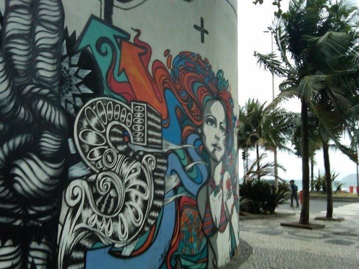 Rio girl street art - Rio de Janeiro