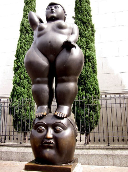 Pensamiento (The Thought) bronze sculpture by Colombian artist Fernando Botero