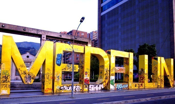 "Huge letters spell out ""Te Quiero Medellin"" (I love you Medellin) in front of Museo de Arte Moderno Medellin"