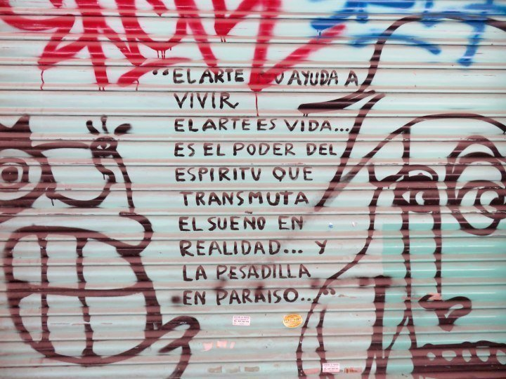 La Ribera neighborhood - Barcelona Catalonia Spain - el arte es vida