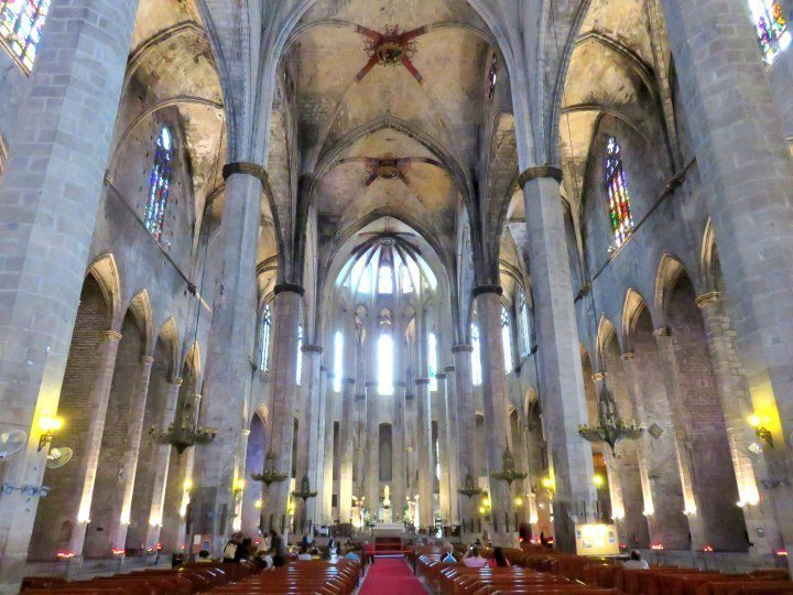 Basilica Santa Maria del Mar in La Ribera district - Barcelona Catalonia Spain