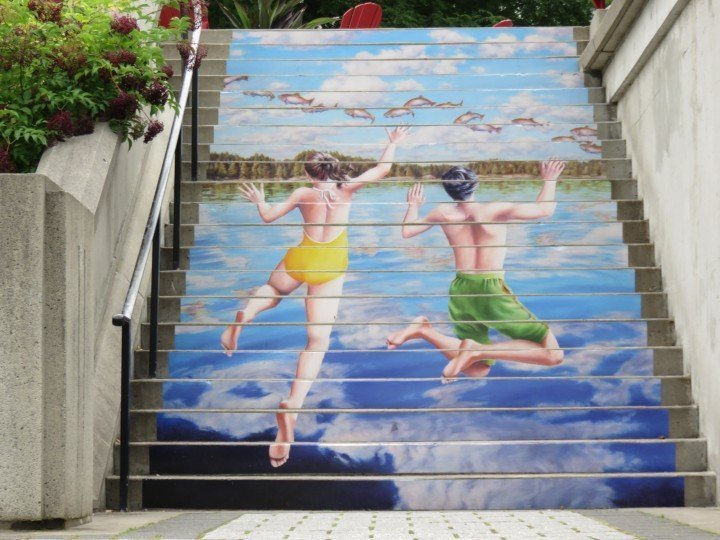 Public Art in Ottawa - Rideau Canal - kids jumping into the water with flying fish - painted stairs