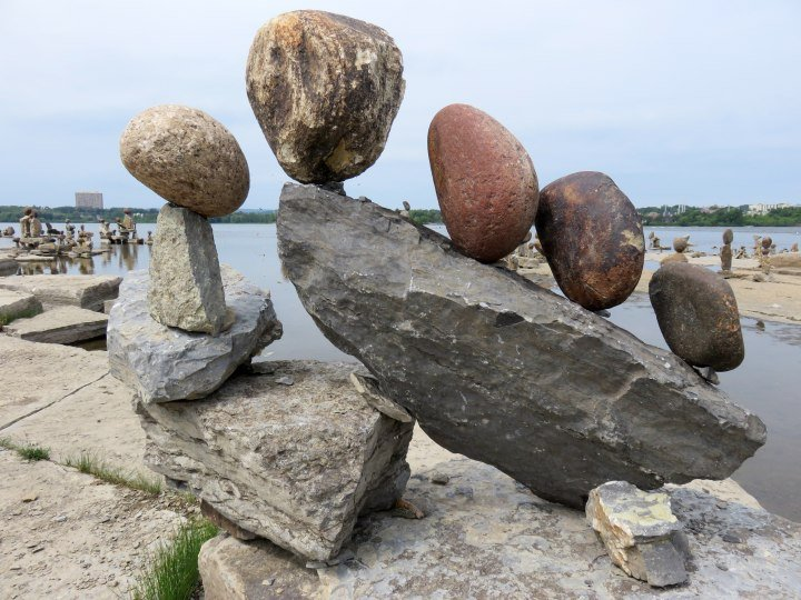 Balanced rock art - Ottawa River