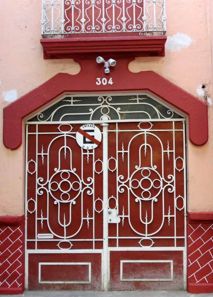 La Condesa Mexico City's art deco neighborhood - a safe and walkable neighborhood