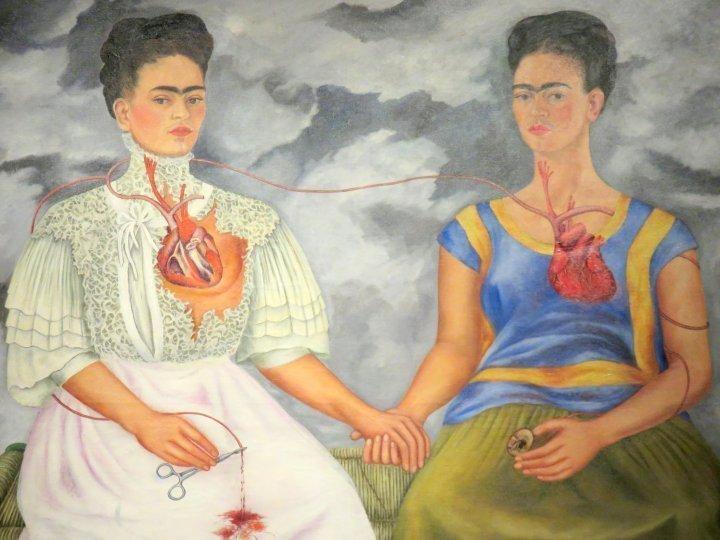Contemporary art in Mexico City - Las dos Fridas by Frida Kahlo 1939