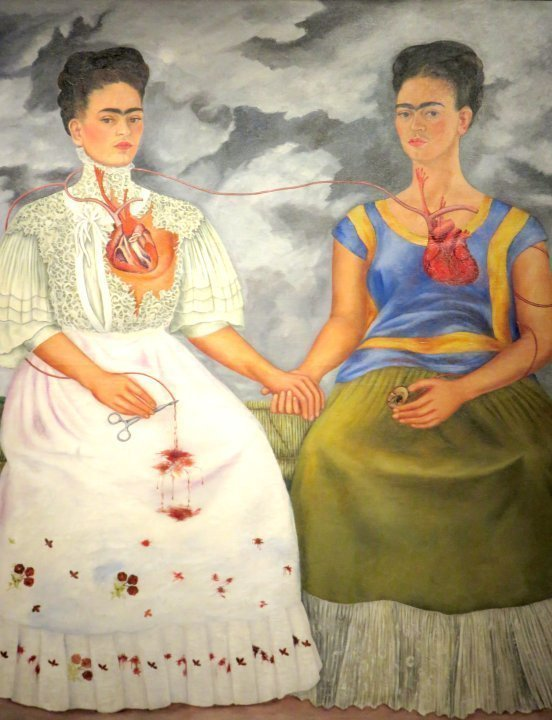 Solo Travel to Mexico City - Museum of Modern Art features Frida Kahlo's painting Las dos Fridas