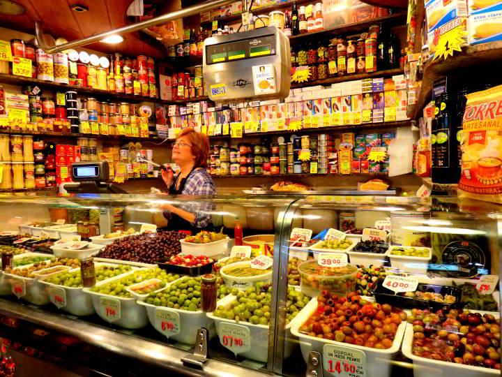 La Boqueria Market - olive vendor