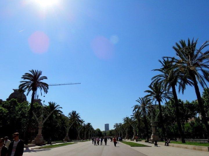 Promenade Passeig de Lluis Companys between the Arc de Triomf and Parc Ciutadella