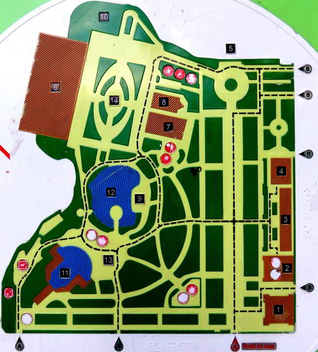 Barcelona Park Ciutadella map of the park's many attractions
