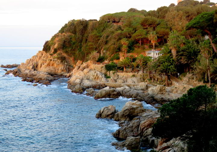 Hiking Costa Brava - Lloret de Mar foot path along the rocky coastline - Catalonia Spain