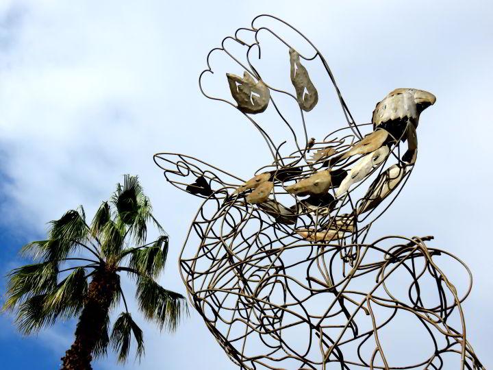 Public art Lloret de Mar Costa Brava - metal sculpture titled L'Orgull