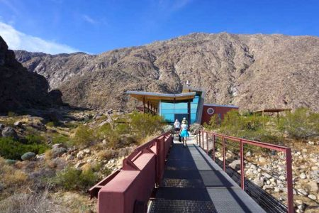 2018 Palm Springs Travel Guide
