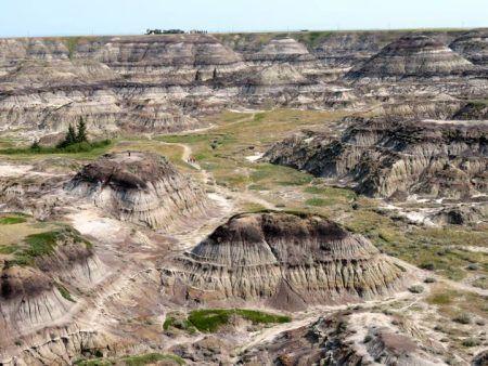 Drumheller Attractions at Canadian Badlands – Day Trip from Calgary