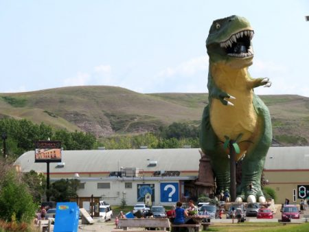 Drumheller Badlands Things to Do – Day Trip from Calgary