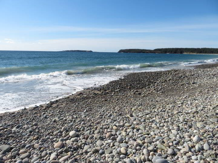 Rocky shoreline at Hirtle's Beach - Nova Scotia South Shore
