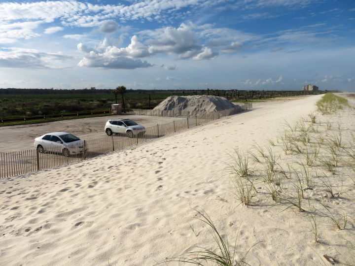 Parking along the dunes at Washington Oaks Garden State Park Beach
