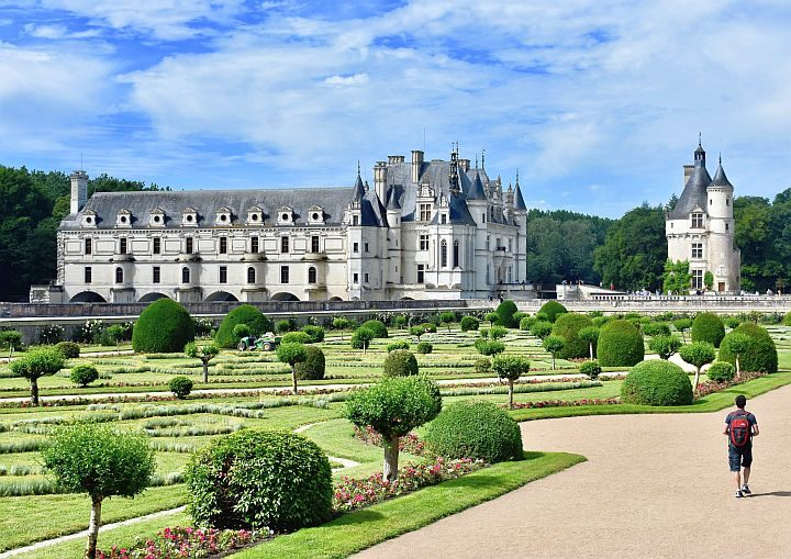 Matt the nomad solo traveling and visiting Château de Chenonceau in France