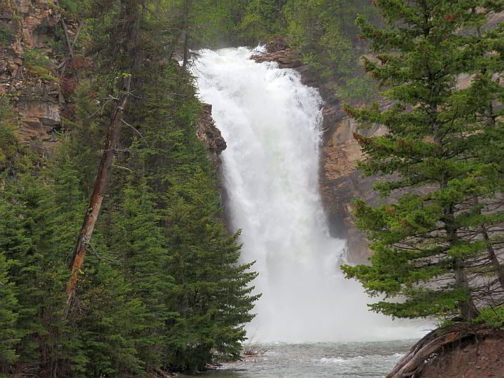 Running Eagle waterfall is an easy and short hike that is wheelchair accessible at Glacier National Park
