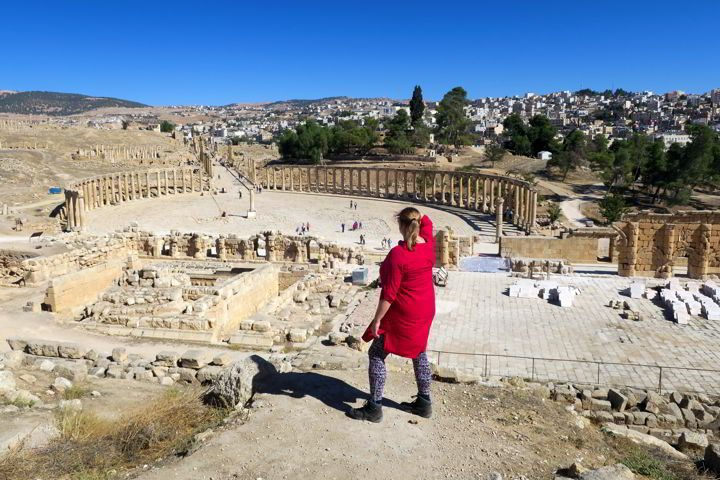 Traveling solo to Jordan - visiting the Roman ruins at Jerash