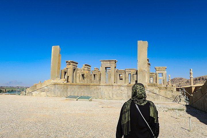 Solo trip to Iran visiting Persepolis ruins