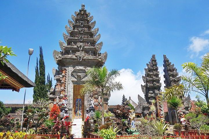 Temple in Bali Indonesia - one of the best places to travel solo