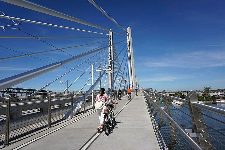 Tilikum Crossing - Bridge of the People - over the Willamette River in Portland Oregon