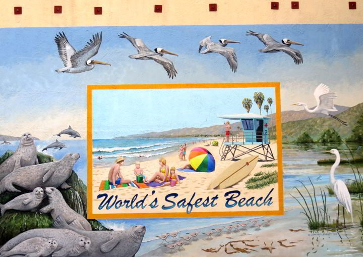 Carpinteria California mural tells you it's the World's Safest Beach