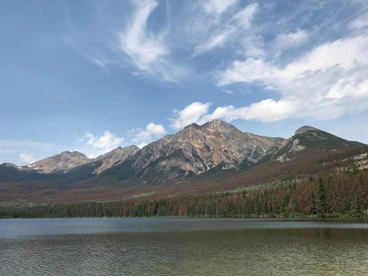 Pyramid Lake in Jasper is popular for canoeing, kayaking, and fishinge popular for canoeing, kayaking, and fishing
