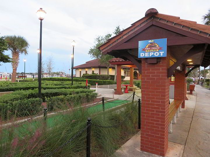 Red Train Tours and Bayfront mini golf St Augustine