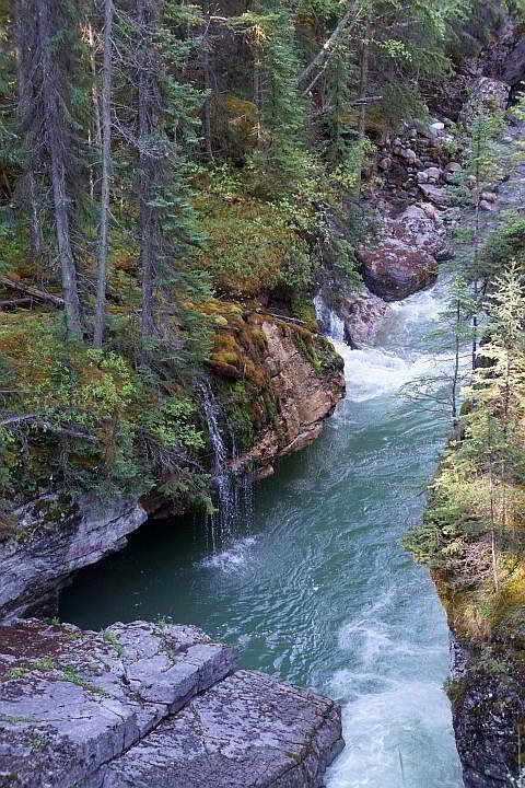 Jasper Maligne Canyon view from bridge