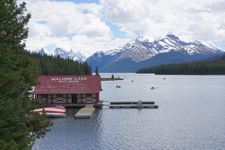 Maligne Lake Boathouse with mountains in background