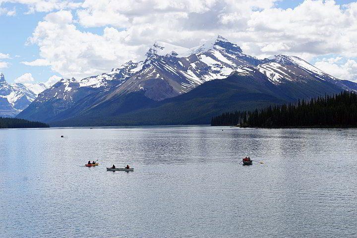 Maligne Lake paddling Jasper National Park