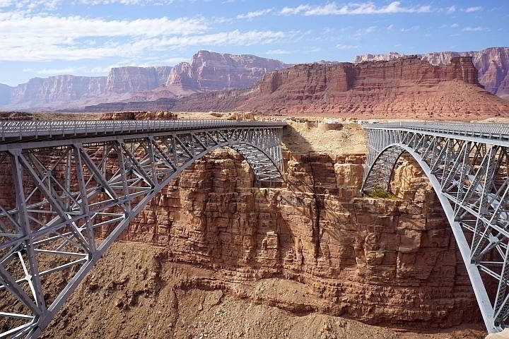 Navajo pedestrian bridge on right and the new Navajo Bridge on left is for vehicles only