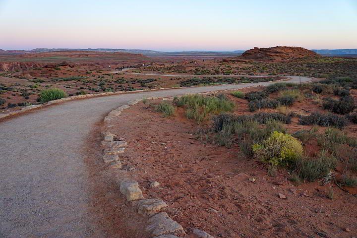 Sunrise hike at Horseshoe Bend Arizona